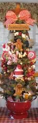 Primitive Decorating Ideas For Christmas by 25 Unique Gingerbread Christmas Decor Ideas On Pinterest