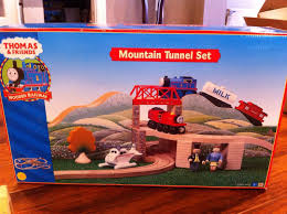 Thomas And Friends Tidmouth Sheds Wooden Railway by Mountain Tunnel Set Thomas Wooden Railway Wiki Fandom Powered