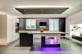 jeu de cuisine avec cuisine équipée iq700 avec jeux de lumière contemporain