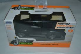 JADA JUST TRUCKS 1953 Chevy Pickup Matt Black 1:32 Scale - $9.34 ...