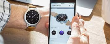 Android Wear with an iPhone still can t pete with the Apple