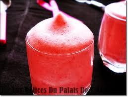 dessert aux fraises facile mousse aux fraises sans gélatine facile rapide aux delices du