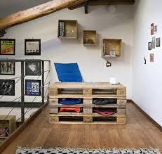 palette bureau diy bricolage bureau en bois palettes bureau plancher deco murale
