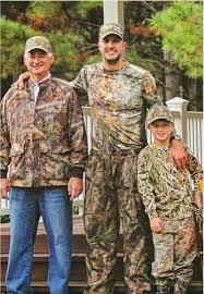Luke Bryan - His Father & Son Bo | ❤ THOMAS LUTHER BRYAN