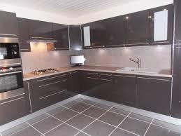 cuisine taupe et gris étourdissant meuble cuisine taupe et couleur de meuble cuisine