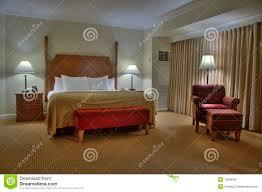 rideaux pour placard de chambre awesome placard chambre avec rideau ideas amazing house design