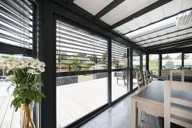 véranda quelle toiture choisir verre plaque panneaux