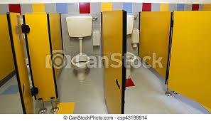 kindergarten toiletten badezimmer ohne kinder wenig