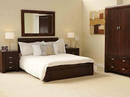 Simple Bedroom Design For Minimalist Home