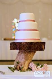 Beautiful Rustic Cake Stand With Heart