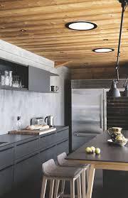cuisine chalet moderne maison en bois contemporaine chalet au carroz en haute savoie