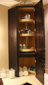 Tall Bathroom Corner Cabinets With Mirror by Best 25 Corner Bathroom Storage Ideas On Pinterest Bathroom