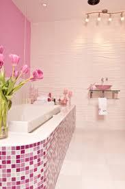 75 moderne badezimmer mit rosa wandfarbe ideen bilder