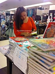 Fully Booked Has A Wide Selection Of Coloring Books For Grown Ups Thats Me In The Photo Absorbed Book Extravaganza
