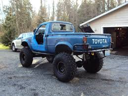 1982 Toyota Pickup DOM Pipe Bumpers - Pirate4x4.Com : 4x4 And Off ...