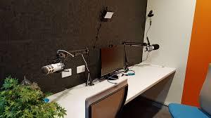 Lifehacker Standing Desk Diy by Featured Workplace Xero Melbourne Lifehacker Australia