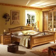 schlafzimmer set in honigfarben pinie massivholz 3 teilig