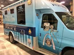 St. Louis Police Add Ice Cream Truck As Outreach Tool « CBS St. Louis