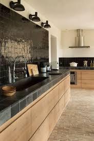 cuisine bois et les cuisines noires et bois soul inside