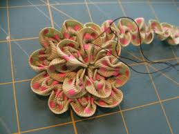 Ruched Flower Step 8b