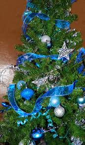 Ge 75 Ft Christmas Trees by 19 Best Christmas Trees Christmas Gone Wild Theme Images On
