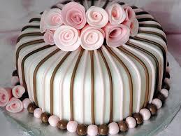 Best 25 Girl birthday cakes ideas on Pinterest