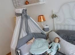 ekulele baby schlafen babybay nestchen betthimmel