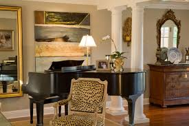 Traditional Living Room Idea In San Francisco With A Music Area