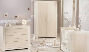 couleur peinture chambre bébé chambre bebe couleur taupe