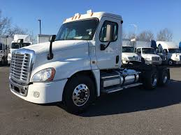 2010 FREIGHTLINER CASCADIA FOR SALE #2380