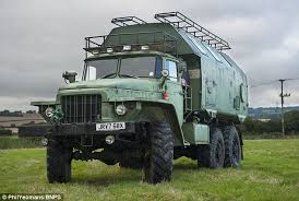 Carry On Campski The 17 Foot 125 Tonne Russian Ural 175D As
