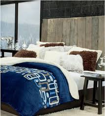Create A Bedroom With Character And Luxury Fun Decor Chic Stylish Bedspreads