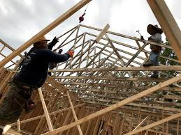 100 House Trusses Setting The Roof With A Crane Project Small