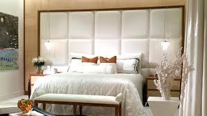 chambre avec tete de lit capitonn lit avec tete de lit capitonnee tate de lit capitonnace qui peut se