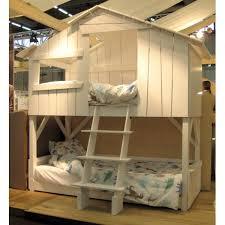 cabane dans chambre histoire et popularité du lit cabane zinezoé