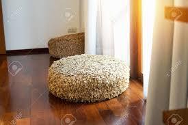 hellbraun stuhl stück stoff im wohnzimmer gemacht