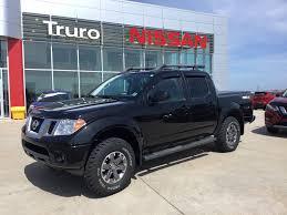 2016 Nissan Frontier PRO-4X Like New 4x4 2