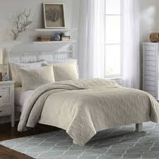 Bed Bath Beyond Austin Tx by Buy Queen Bedspreads From Bed Bath U0026 Beyond