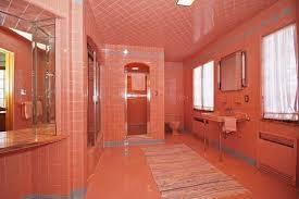 a disturbing bathroom renovation trend to avoid in 2021