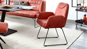 interliving esszimmer serie 5501 armlehn lederstuhl rotes leder z78 15 blush schwarzes metall
