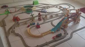 Tidmouth Sheds Deluxe Set by 19 Thomas And Friends Tidmouth Sheds Deluxe Set Molly