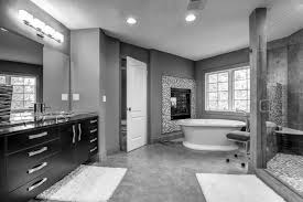 badgestaltung in schwarz weiß 15 kontrastreiche bad ideen