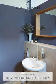 moderne badezimmer farbe blau lila by mangoldt in
