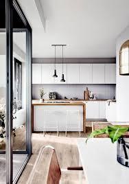 moderne und offene wohnküche im neubauprojekt oasis berlin