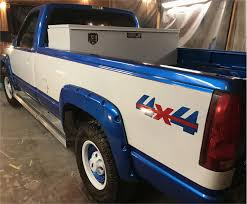 100 Cool Paint Jobs On Trucks Diy 44 Job Custom Job Chevy Silverado Has Red Pinstripe