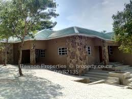 100 Crescent House 4 Bed For Sale In Folyjon Glen Lorne Rawson Properties