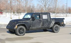The Jeep Wrangler Pickup Truck Is Coming Soon - Gladiator Release ...