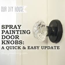 Spray Paint a Door Knob A Cheap & Easy Update