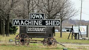 Machine Shed Restaurant Urbandale Iowa by Des Loines The Machine Shed In Urbandale Iowa
