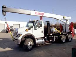 1560 BoomTruck – Elliott Equipment